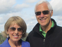 Photo of Jacquie and Rich Janulis (B.A. '72)